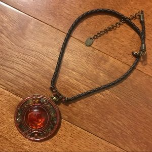 Jewelry - Short Pendant Necklace